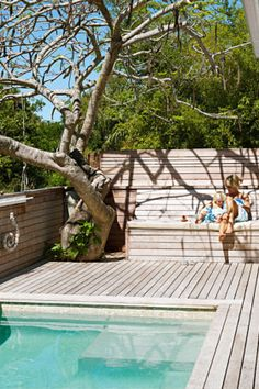 Stock Tank Swimming Pool Ideas, Get Swimming pool designs featuring new swimming pool ideas like glass wall swimming pools, infinity swimming pools, indoor pools and Mid Century Modern Pools. Find and save ideas about Swimming pool designs. Small Pool Design, Deck Design, Design Design, Landscape Design, Outdoor Swimming Pool, Pool Decks, Pool With Deck, Wooden Pool Deck, Indoor Pools