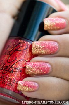 Pink glittery gold nails #pink #gold #nailart #nails