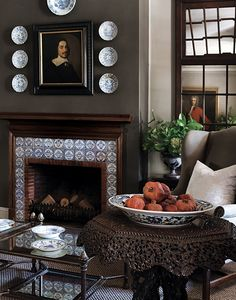 John Jacob interiors - love the gnarly table and delft tile fireplace and paned windows Style Anglais, Delft Tiles, Chimney Breast, English Country Style, Beautiful Dining Rooms, Interior Decorating, Interior Design, Dining Decor, French Country Decorating
