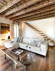 Deavita.fr vous présente une sélection de 40 idées inspirantes d'aménagement d'intérieur en bois.Découvrez comment réussir le mélange de matériaux tels que