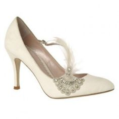 Discover bridal shoes by Emmy London. Stunningly beautiful designer wedding shoes with a hint of vintage glamour for your very own Cinderella moment. 1920 Shoes, Vintage Shoes, Blue Wedding Shoes, Bridal Shoes, Great Gatsby Fashion, Gatsby Style, Gatsby Theme, Flapper Style, 1920s Flapper