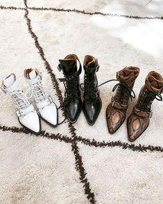 08d92290a6 Rolando pelo rolo de câmera avistei novamente essas botas que maravilhosas  que ficaram na loja!