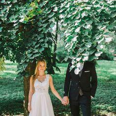 Kolejny wspaniały tydzień przed nami ciekaw jestem co nam przyniesie? Oprócz planów do zrealizowania liczymy także na niespodzianki tez tak macie? . . . . . #fotografslubny #wedding #love #weddingsession #bride #groom #instadaily #green #instaphoto #park #fun #slubneinspiracje #fineartweddingphotographer #weddingsparrow #fineartinspiration #fineartwedding #jamstudiopl #fineartweddings #instafollow #instacool #couple #polishgirl #polishman #fineartphotography #destinationweddingphotographer…