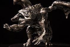 Dota 2 has announced that all Battle Pass owners who have reached Battle Level 2000 are eligible to receive the Collector's Baby Roshan statue! What is more, in order to show off their in-game achievement their default form will be replaced by a custom version of Roshan! All you have to do is to...