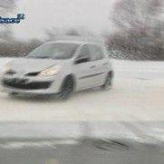 Les bons réflexes pour conduire en hiver sur route glissante