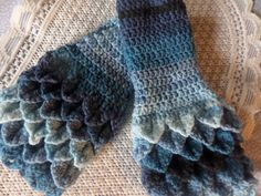 Marine blue shaded fingerless gloves, wrist warmers, hand crochet in crocodile stitch. These are made in Ice yarn, double knit, Crochet Mittens, Hand Crochet, Crocodile Stitch, Fingerless Gloves, Arm Warmers, Autumn, Trending Outfits, Unique Jewelry, Winter