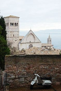 "Assisi - image via love-umbria - collected by linenandlavender.net for ""Assisi"" - http://www.pinterest.com/linenlavender/assisi/"
