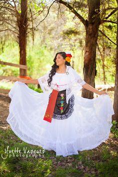 Pre Quinceañera Photo Session  Authentic Mexican Dress  Yvette Vazquez Photography