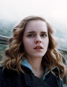 Harry Potter and the Half-Blood Prince—Hermione Granger—Emma Watson Harry Potter Hermione, Magie Harry Potter, Mundo Harry Potter, Harry James Potter, Harry Potter Quotes, Harry Potter Fandom, Harry Potter Characters, Harry Potter World, Hermione Granger Hair