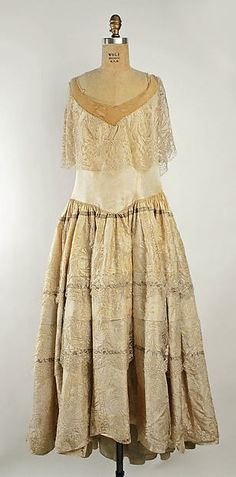 Robe de Style Design House: House of Lanvin  Designer: Jeanne Lanvin Date: fall/winter 1926–27 Culture: French Medium: silk Accession Number: 1978.184.8