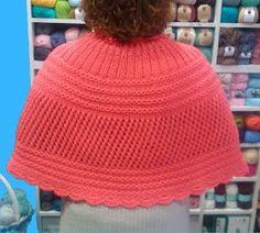 lanes asgaya: PATRÓN GRATIS DE TOQUILLA DE PUNTO Crochet Cape, Knit Crochet, Knitting Patterns Free, Free Pattern, Knitted Capelet, Crochet Tablecloth, Bridal Outfits, Winter Hats, Beanie