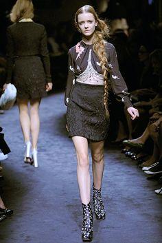 Miu Miu Spring 2010 Ready-to-Wear Fashion Show - Imogen Morris Clarke