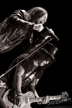 Slash ft Myles Kennedy and The Conspirators @ HMH, Amsterdam 2012.
