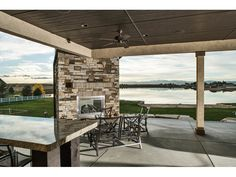 Eye-Catching Mountain Home with Optional Finished Lower Level - thumb - 06
