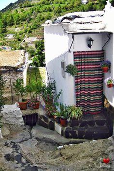 Rincón de Trevelez Patio, Granada, Outdoor Decor, Home Decor, World, Cities, Viajes, Decoration Home, Grenada
