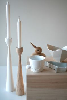 Original oak and white Rolf™ candlesticks by Maria Lovisa Dahlberg, FREEMOVER.se Celebrating 10. With Scandinavian friends. @fangblikk