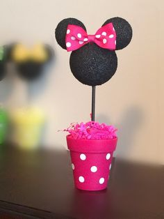 Minnie Mouse Centerpiece Minnie Mouse Birthday party by AmyJays Minnie Mouse Table, Mickey Mouse Decorations, Minnie Mouse First Birthday, Mickey Birthday, 50th Birthday Gifts, Mickey Minnie Mouse, 2nd Birthday Parties, Birthday Centerpieces, Birthday Party Decorations