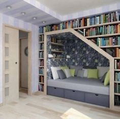 i want this soooooo bad. i love nooks and crannies and little spots