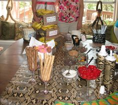 The Banana Split/Fruit Bowl Bar. The French Wire Tiered Stand from Willow House holds the bananas.