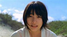 【CMのツボ】ショートパンツの全力疾走! NHK連ドラ・ヒロイン能年「キュンって何の音?」