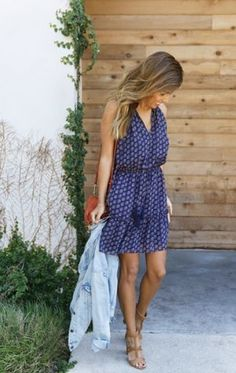 GET SUMMER 2017 TRENDS FROM STITCH FIX. June 2017 Stitch Fix review. My favorite clothing subscription ever. Add this to your Pinterest style board. Click pin to sign up! #Sponsored