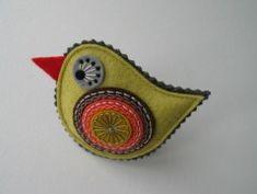 BROŽ ptáček- žluté JARO