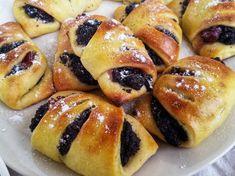 Mám kvások, čo s ním? Doughnut, Blog, Desserts, Basket, Tailgate Desserts, Deserts, Blogging, Postres, Dessert