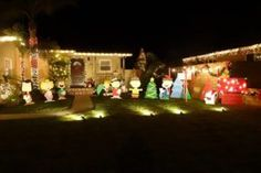 Torrance Christmas Lights – Natal com muitas luzes  Por muitos anos, nosso endereço favorito para observar algumas das melhores decorações de natal de Los Angeles tem sido a região sul de Torrance, cidade ao sul de Los Angeles que também é o endereço que muitos brasileiros escolheram para morar – inclusive nós.
