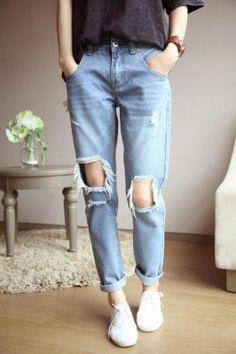 Hot or not: Jeans met wel héle grote gaten | NSMBL.nl