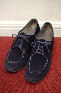 40's suede lace up granny shoes