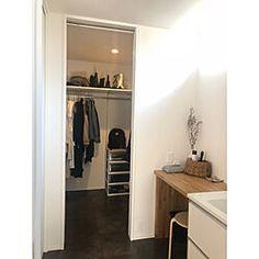 matsu.514さん(Room No. 381218)の部屋のインテリア実例一覧 | RoomClip(ルームクリップ) Matsu, Closet, Home Decor, Armoire, Decoration Home, Room Decor, Closets, Cupboard, Wardrobes