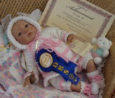Reborn Baby girl Lacey...1st prize/Best Reborn doll for the show...at the Onkaparinga Doll Show in 2012..Sophie kit by Evelina Wosnjuk...4 lbs & 1oz...18 inches...rooted hair..Created by me...
