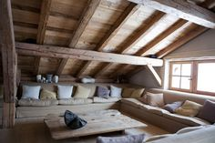 Comfortable Chalet by Bo Design, other view on earlier pin