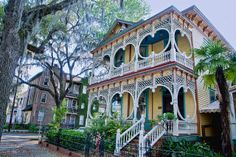 Savannah architecture Steamboat gothic