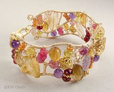 Awww SOO cute! Gem bracelet