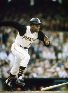Roberto Clemente didn't steal many bases, but as a testament to his foot speed, he hit a lot of triples -- producing double-digit totals in nine seasons. Pittsburgh Pirates Baseball, Pittsburgh Sports, Dallas Cowboys, Roberto Clemente, Sports Stars, Nfl Sports, Puerto Rico, Baseball Players, Baseball Cards