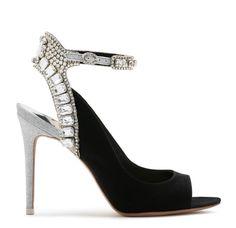 Sophia Webster Lorena Stiletto 2019 #shoes #shoesaddict #sandals #zapatos #estilo #fashion #style #vanessacrestto #stiletto