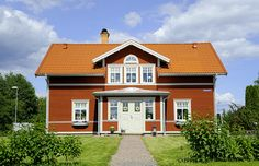 Tranan - 1 3/4-planshus - Fiskarhedenvillan This Old House, Swedish Cottage, White Trim, Design Consultant, Home Fashion, Country Style, Old Houses, Facade, Cabin