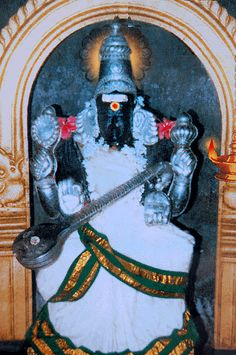 Temples dedicated to the Goddess Saraswati are seldom found in India.  There are very few temples in India dedicated to Saraswathi, the Goddess of learning. Though we see Her in collaboration with other deities in most other temples, a shrine dedicated to the Goddess Herself is very rare. Located in the Mayiladuthurai-Tiruvarur rail route and one and a half kilometres away from the village Poonthottam is the temple dedicated to Saraswathi – Koothanur.  Read more on http://www.gyanmarg.com