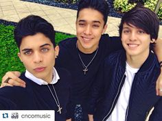 Erick, Joel, and Christopher - my three faves lol - Sharon Cnco Band, Pearl Necklace, My Love, Jewelry, Life, Fashion, Famous People, Bands, Celebs