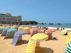 Biarritz in France, just an amazing small town offering fantastic food, amazing beach etc etc Spain Travel, France Travel, Oh The Places You'll Go, Places To Visit, Travel Around The World, Around The Worlds, Road Trip Europe, Tourist Spots, Travel Abroad