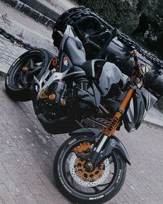 Hyabusa Motorcycle, Cb 1000, Super Bikes, Custom Bikes, Exotic Cars, Motorbikes, Yamaha, Mustang, Honda