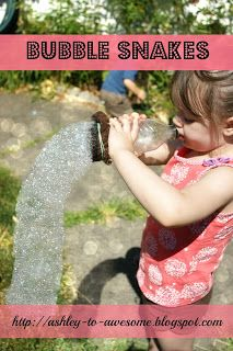 Bubble snakes tutorial! An awesome outdoor activity for little kids, and surprisingly less mess than blowing bubbles.