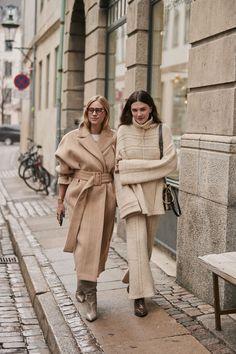 Men street styles 496873771388820583 - Stile danese: i best look dalla Copenhagen Fashion weekmarieclaireita Source by Rihanna Street Style, Model Street Style, Nyc Street Style, Stockholm Street Style, Autumn Street Style, Street Style Looks, European Street Style, Italian Street Style, European Fashion