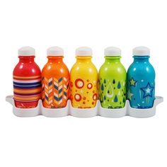 SAVES YOU AN AVERAGE OF $500 PER YEAR! THE ONLY SOLUTION TO COSTLY & WASTEFUL BOTTLED WATER INCLUDES TRAY THAT SLIDES NEATLY INTO YOUR FRIDGE 5-DISHWASHER SAFE BOTTLES TO RESUSE ITEM SPECS:MADE FROM 1