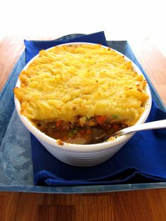 Comfy Cottage Pie - made faster in the pressure cooker! Stovetop Pressure Cooker, Hip Pressure Cooking, Instant Pot Pressure Cooker, Pressure Cooker Recipes, Slow Cooker, Pressure Pot, Cottage Pie, Potato Skins, Food Hacks