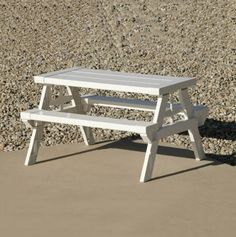 Foldable and Portable Kids' Size Picnic Table.