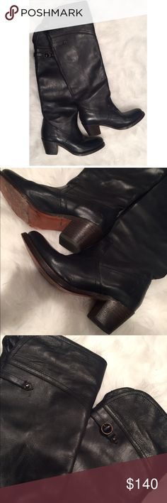 Frye Boots Size 7 These GORG over the knee boots (just slighty over the knee) are just what you need for fall/winter. Wear them over your fav skinny jeans, or pair them with a mini/midi skirt. Frye Shoes Over the Knee Boots