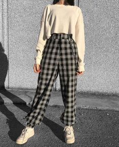 pictures girl Aesthetic Lil Babe on Instag - Teen Fashion Outfits, Fashion Mode, Edgy Outfits, Cute Casual Outfits, Mode Outfits, Korean Outfits, Retro Outfits, Aesthetic Fashion, Grunge Outfits