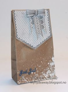 One of 24 Mixed Media Kraft bags for an advent calendar. Created as a DT for Hobbykunst, Papers from Papirdesign. Made by Kirsten Hyde.